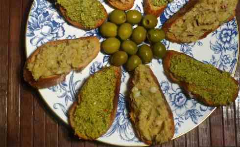 Winter Crostini
